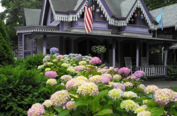 Flower Bed Ideas for the Front of Your House, Front Yard Flower Beds, Curb Appeal